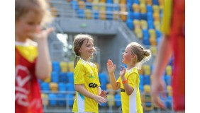 Piłka nożna dla dziewczynek
