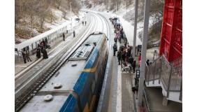 Pierwsi pasażerowie już na nowych gdyńskich przystankach PKM