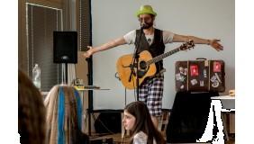 Zapraszamy dzieci na warsztat muzyczny z Jackiem Kuleszą!