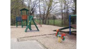 Plac zabaw przy ul. Wrocławskiej (przy Zespole Szkół nr 6)