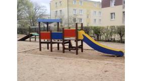 Plac zabaw przy ul. Bp. Dominika (na wysokości budynku nr 3-11)