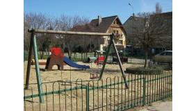 Plac zabaw przy ul. Druskiennickiej (na wysokości budynku nr 25)