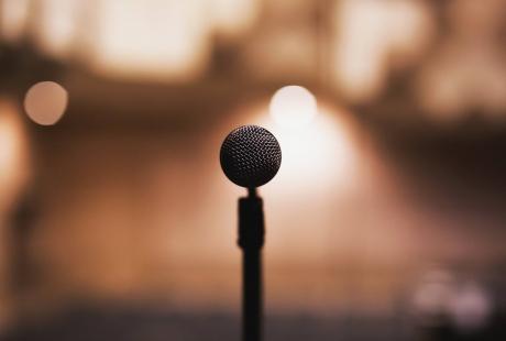"""""""Wystąpienia publiczne"""": szkolenie"""